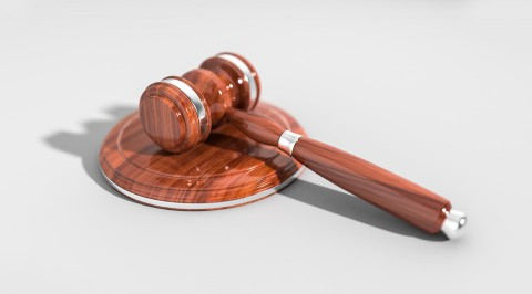 Five Things to Consider When Choosing the Right Attorney