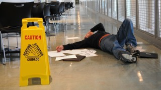Hiring a Slip and Fall Insurance Lawyer Tampa, Florida